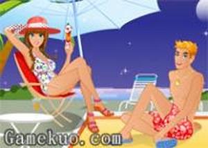 夏日海灘情侶泳裝