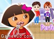Dora完美的牙齒